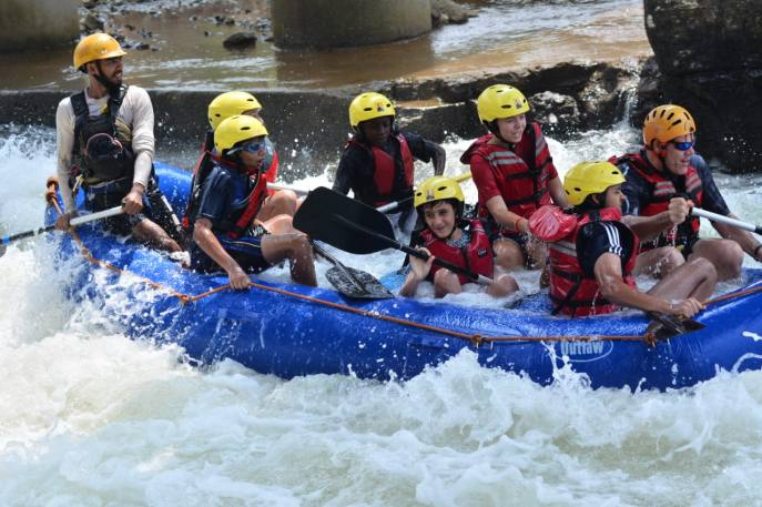 rafting on the powerful rapids Image